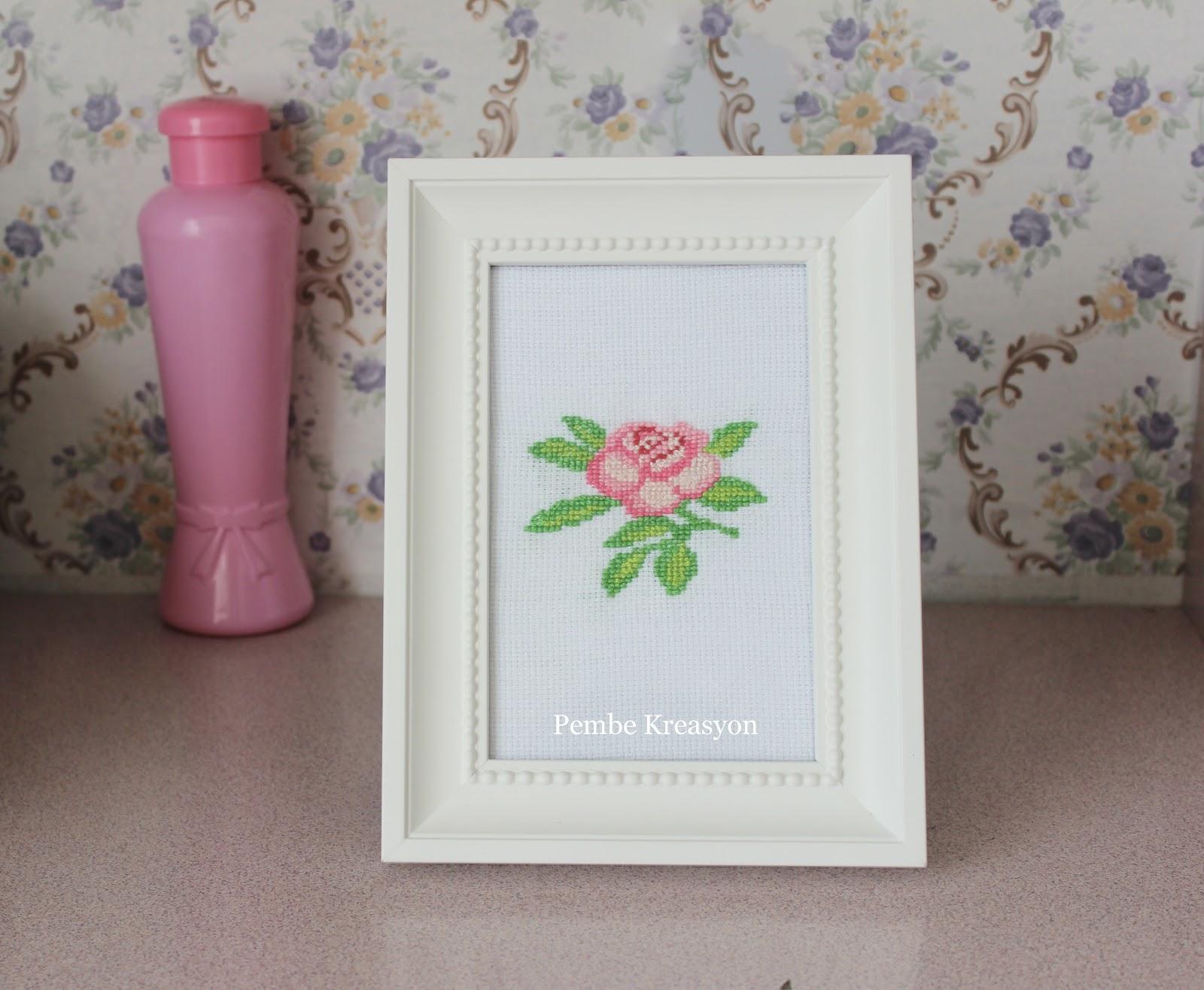 çarpı-işi-etamin-gül-şanlonu-cross-stitch-kaneviçe-rose-handmade-kendin-yap-ikea-ung-drill-sondrum-çerçeve-frame-gül-suyu-pinkrose.