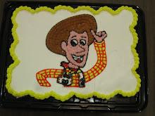 Pastel de cupcakes con Woody en glaze