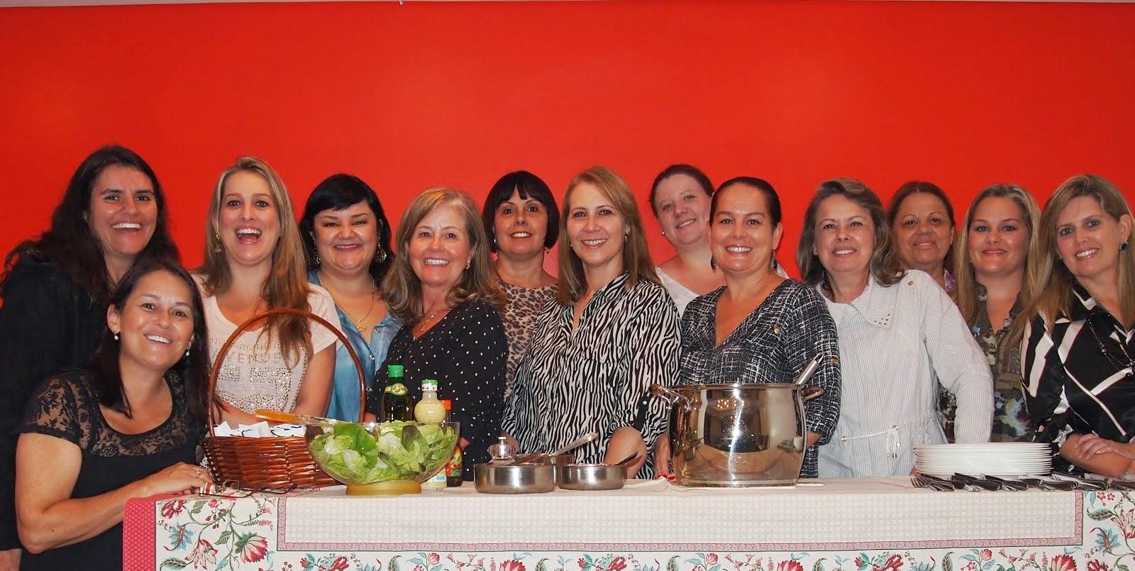 Meggie, Rosane, Andrea, Carol, Claudia, Mariza, Gisele, Bete, Angela, Josélia, Paty, Carina e Ro!