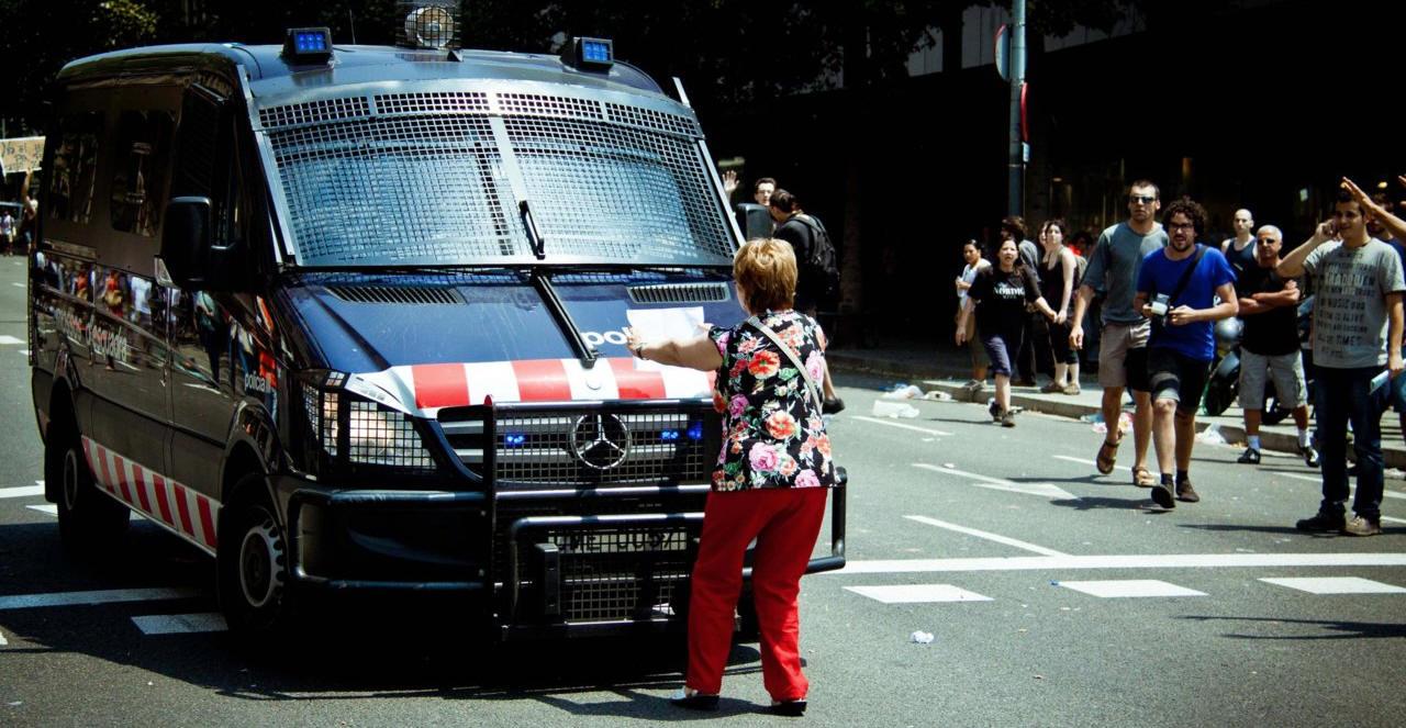 mossos d'esquadra police de catalogne