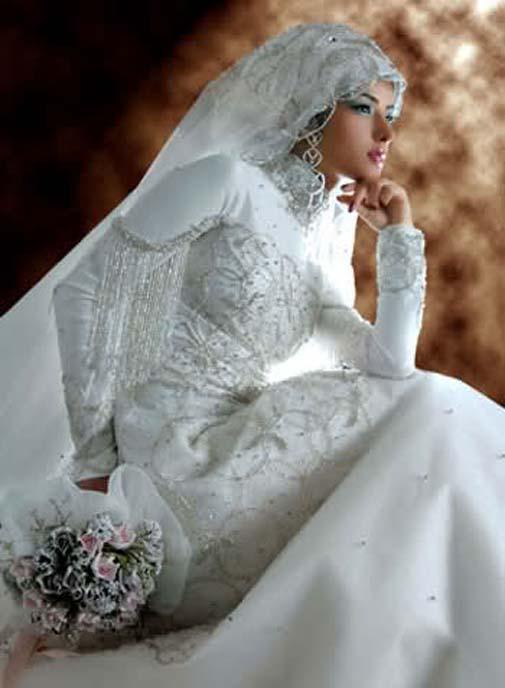 Koleksi Gaun Pengantin Muslimah 2012