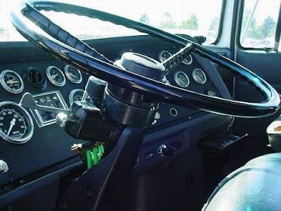 Ford L-9000