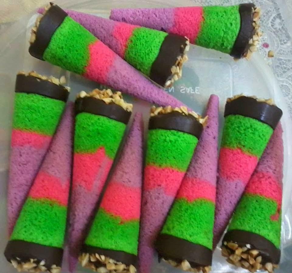 Pin Kacang Tanah Bilis Catering Rempeyek Cake Cupcake