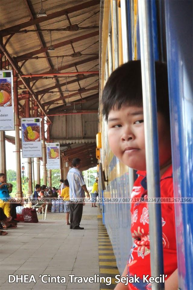 DHEAN - Memang Suka Traveling Sejak Kecil