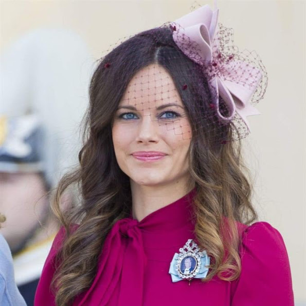 Princess sofia of sweden in gucci at the christening of - Princesse sofya ...