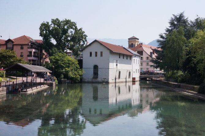 Découverte des canaux de la ville d'Annecy