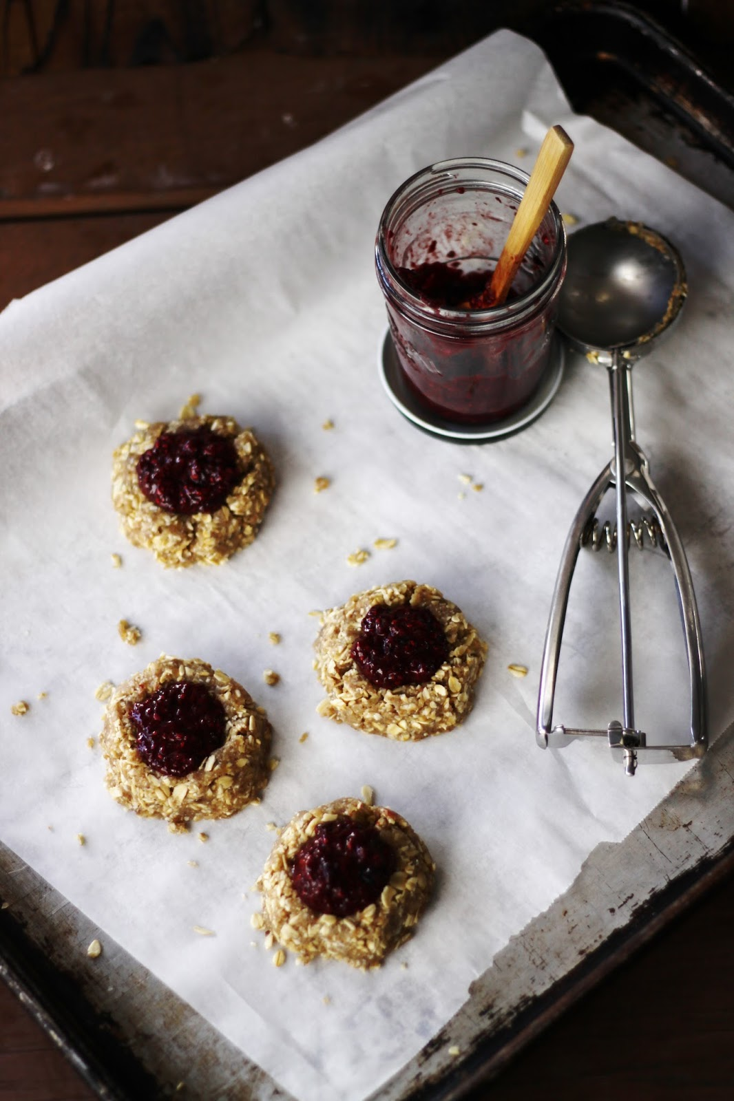 This Rawsome Vegan Life: OAT & CASHEW THUMBPRINT COOKIES with BERRY ...