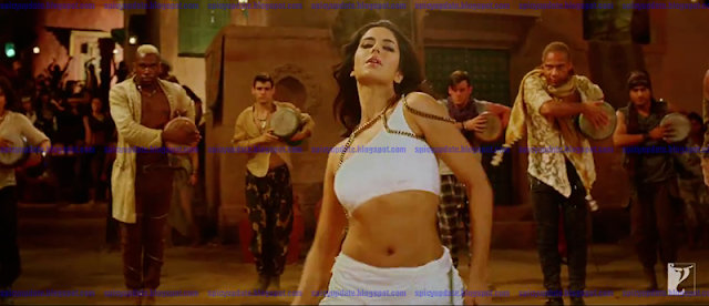 SPICY UPDATE: Katrina Kaif Latets Sizzling Hot Deep Navel