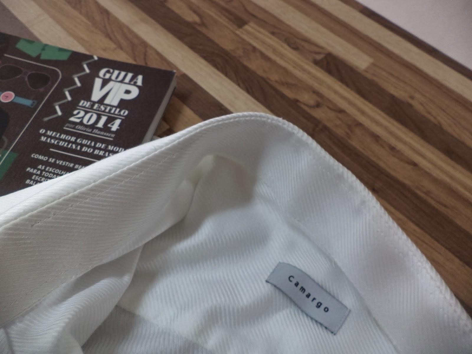 28e4f756d1 Diminuir punho em camisa social diminuir tamanho da manga de camisa.  Ajustar a lateral de uma camisa social. Ajustar camisa de alfaiataria