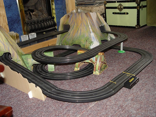 Circuito Superslot Micro que simula un puerto de montaña una vez montado