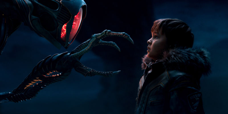 """Lost In Space"" NetFlix Reboot Is Surprisingly Good"