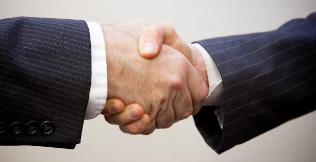 Contrato y abogados