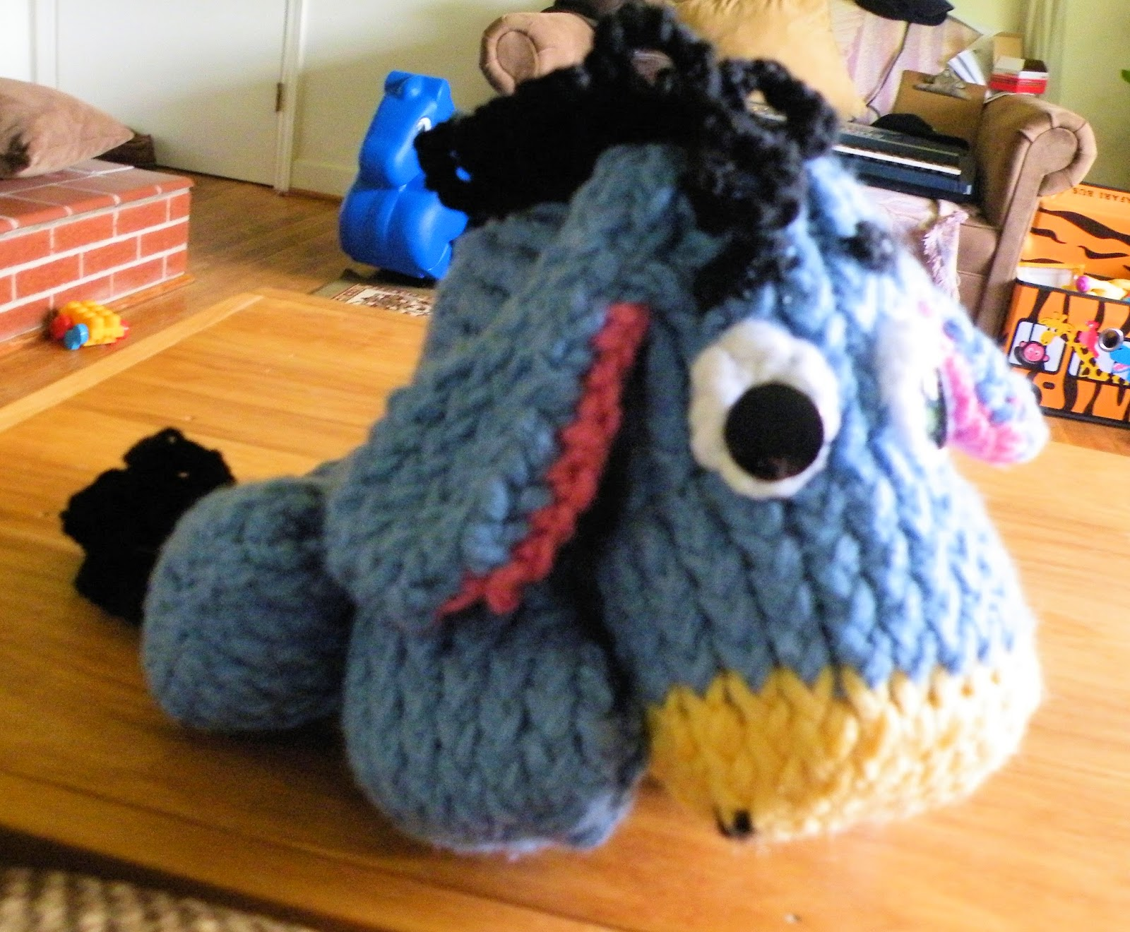 Knitted Tie Patterns : The Loom Muse : How to Loom Knit Eeyore