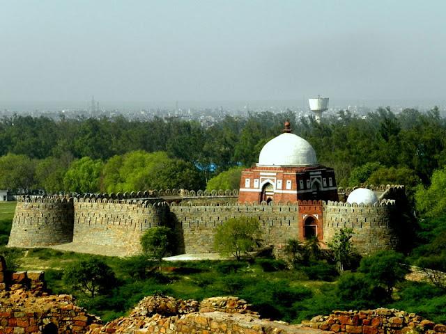 Tomb of Ghiyas ud Din Tughlaq