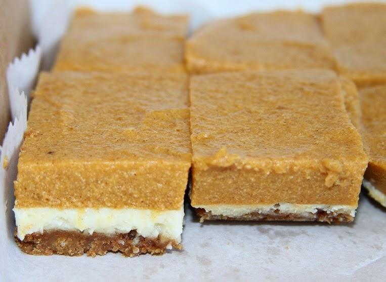 DAYDREAMEL: Pumpkin Mousse Cheesecake