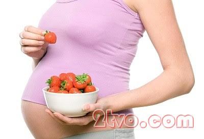 Bà bầu nên ăn đầy đủ các chất dinh dưỡng