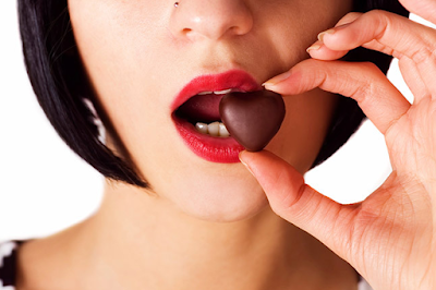 Proof That Chocolate Makes You More Beautiful [because you needed more reasons to eat it?]