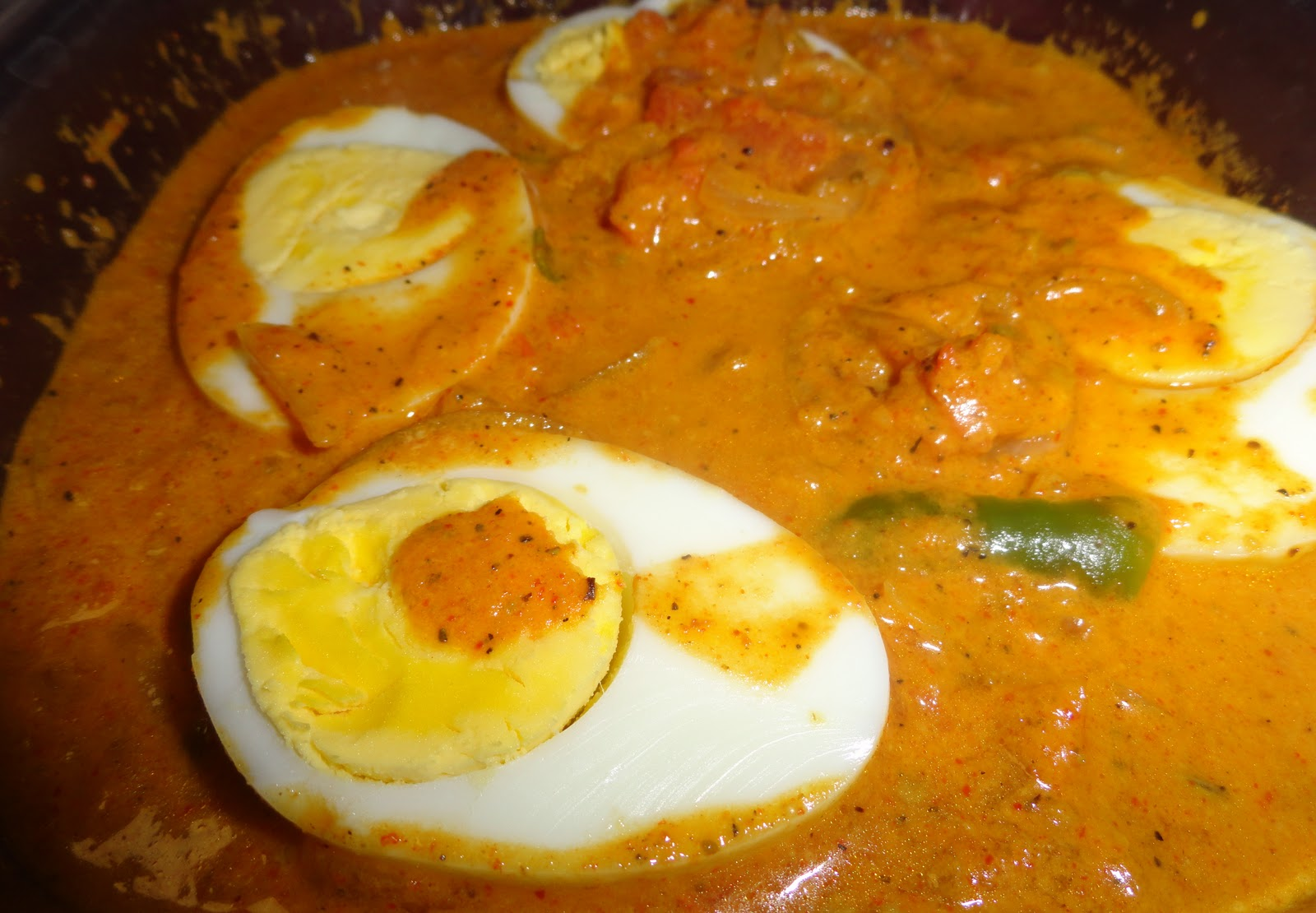 My Hobbies::: Nadan Egg Curry