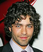 Curly Hair Styles in Men-1