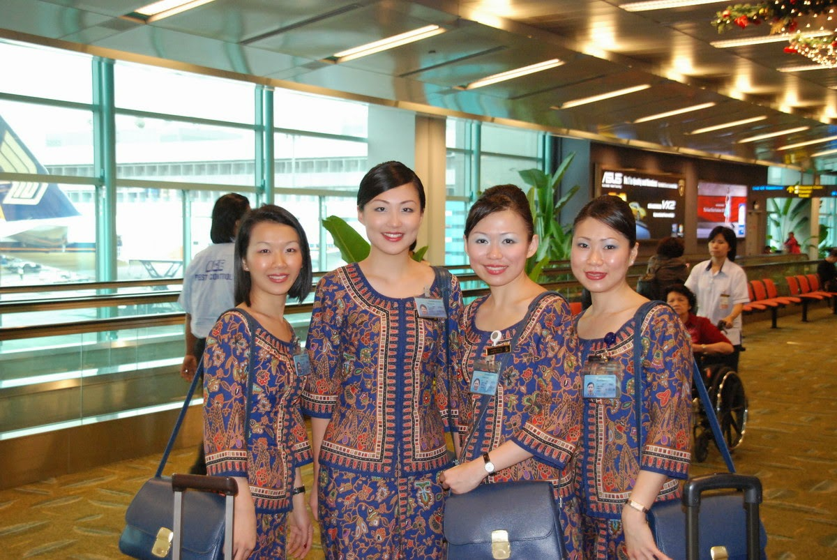 Calendar May Sia : Warm smiling from sia cabin crew world stewardess crews