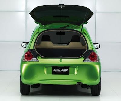 Honda-Brio-Hactback-Cabin-View