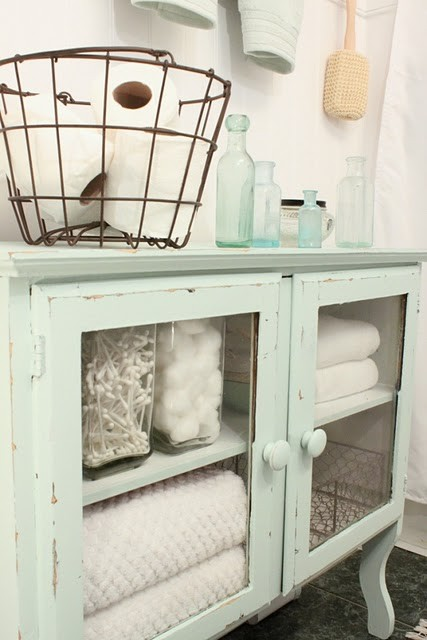 shabby chic storage ideas i heart shabby chic. Black Bedroom Furniture Sets. Home Design Ideas