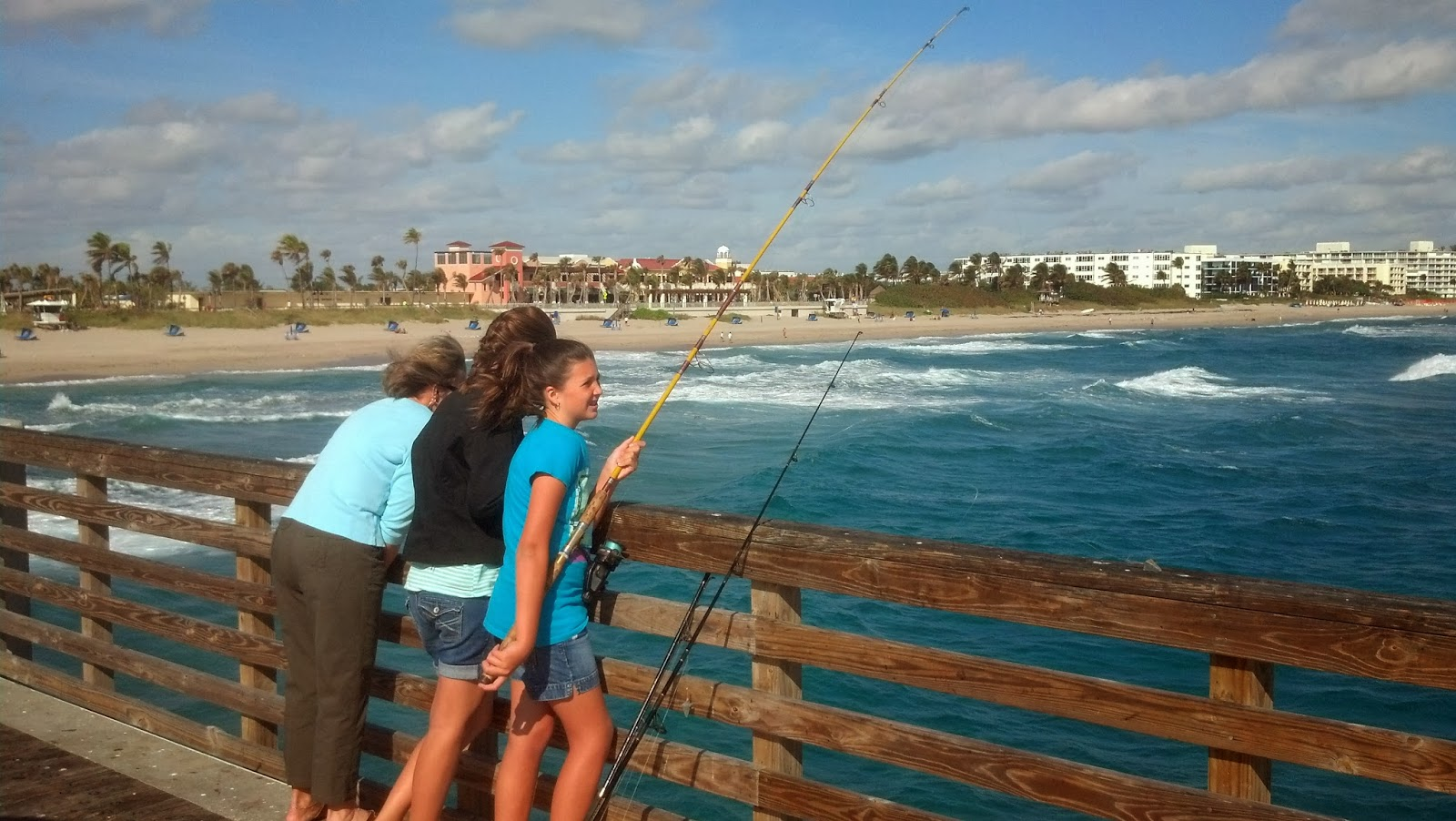 Adventures aboard carolina moon west palm boca raton and for Lake worth pier fishing