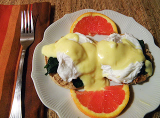 Plate of Eggs Florentine with Orange Slices