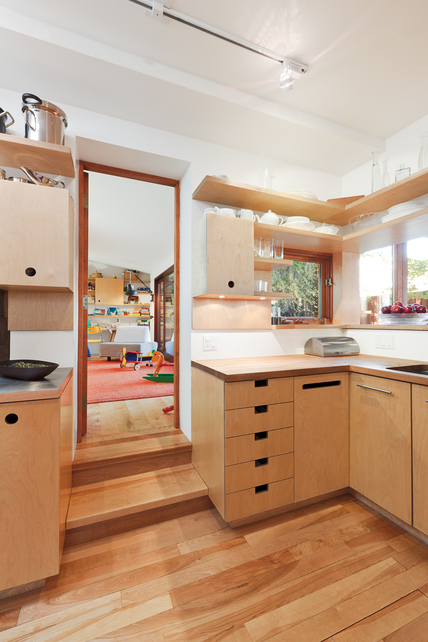 the little house in the city: paul bernier's clever details