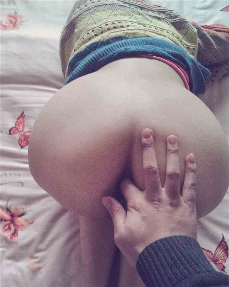 finger in butt, amateur ass fingering, perfect body