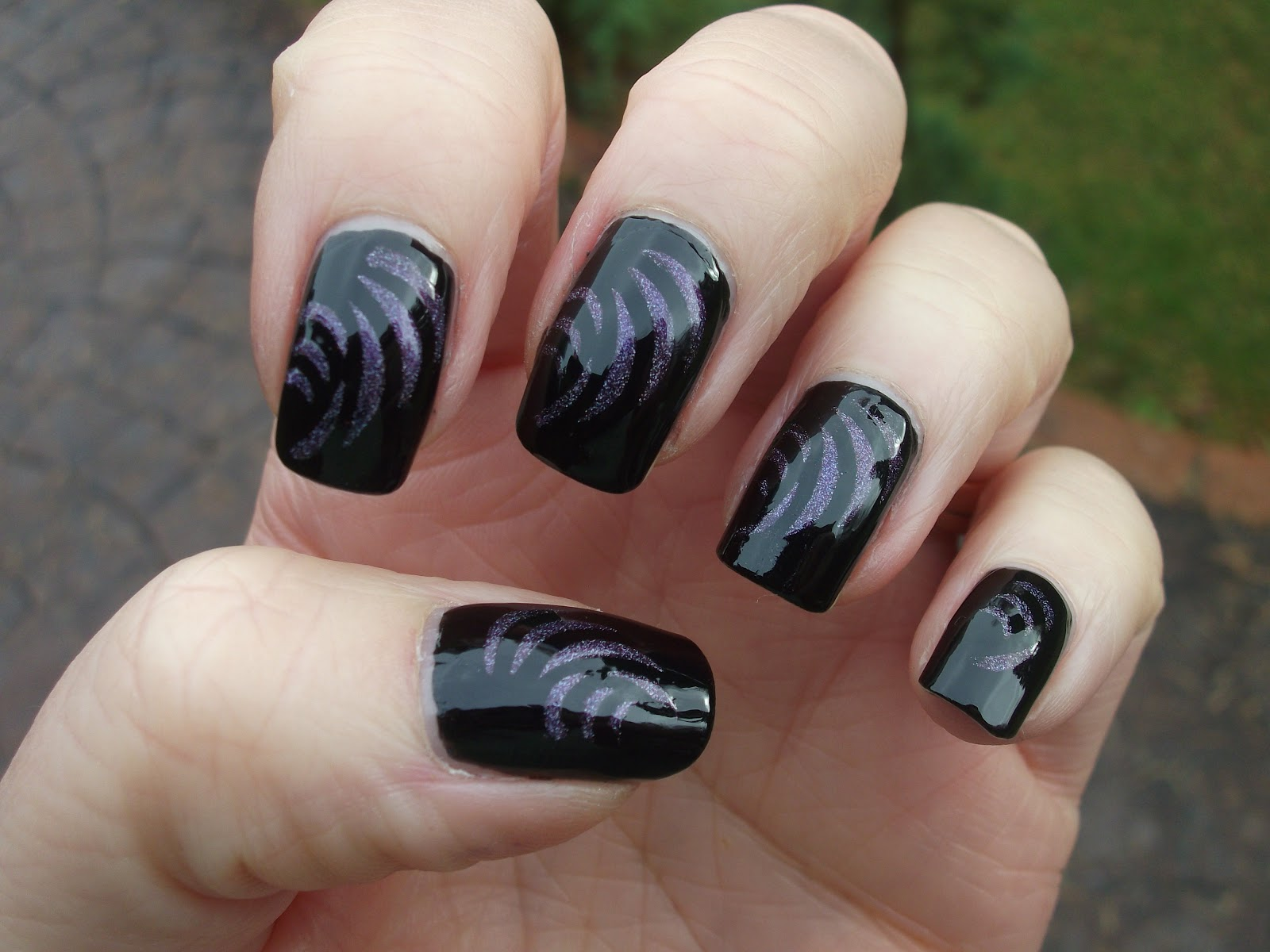 Above the Curve Relative Dimensions and  Smart nail art stencil P057