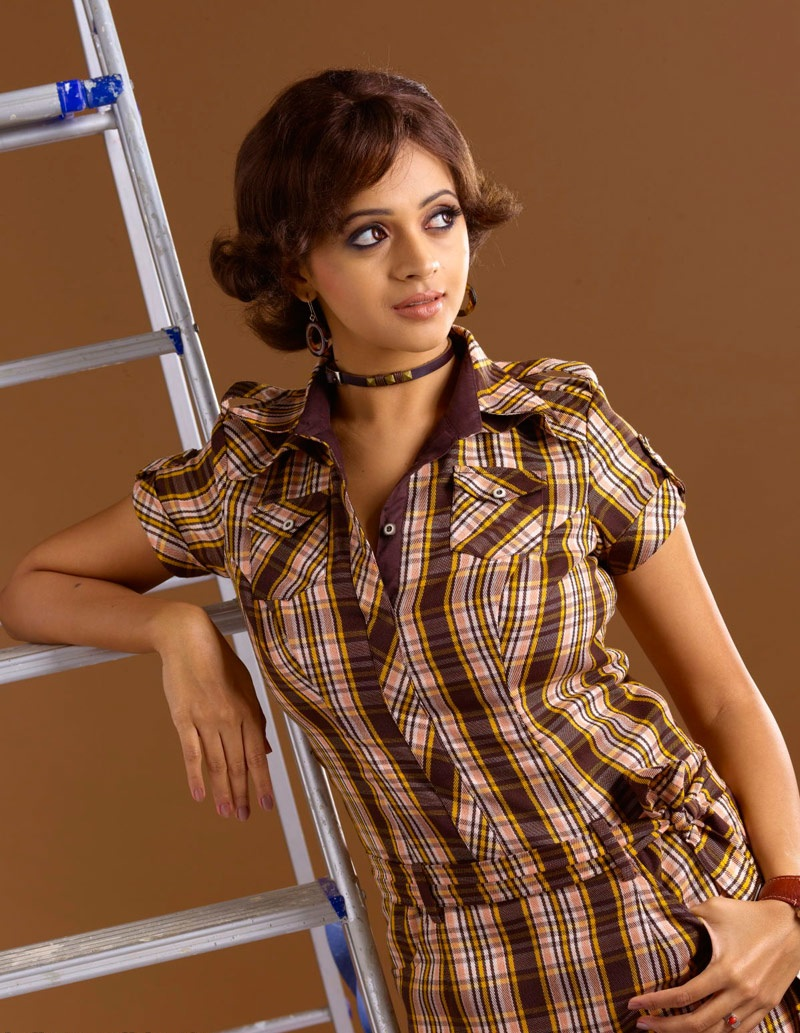Tollywood Tab: Bhavana New Trendy Hot Photo Shoot Gallery