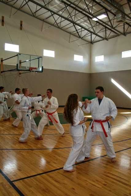 Karate_extra-curricular_activities_Cedar_Ridge_Academy_Therapeutic_Boarding_School_private_international