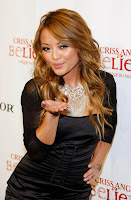 Tila Tequila kiss for her fans