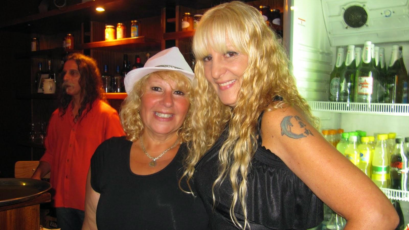 Amalia y Graciela