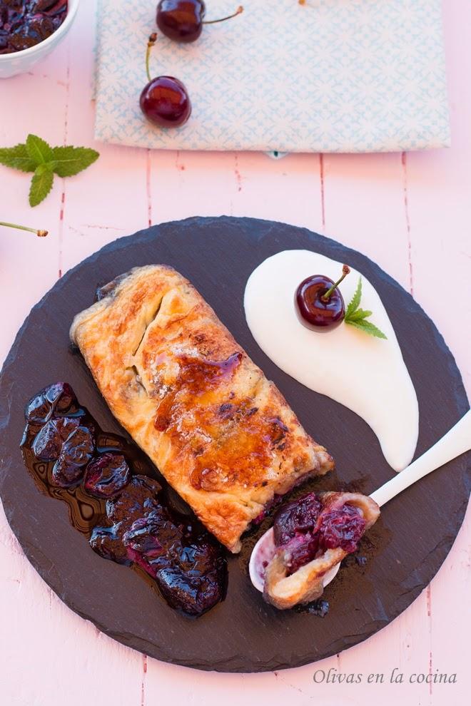 Tortilla con dulce de cerezas