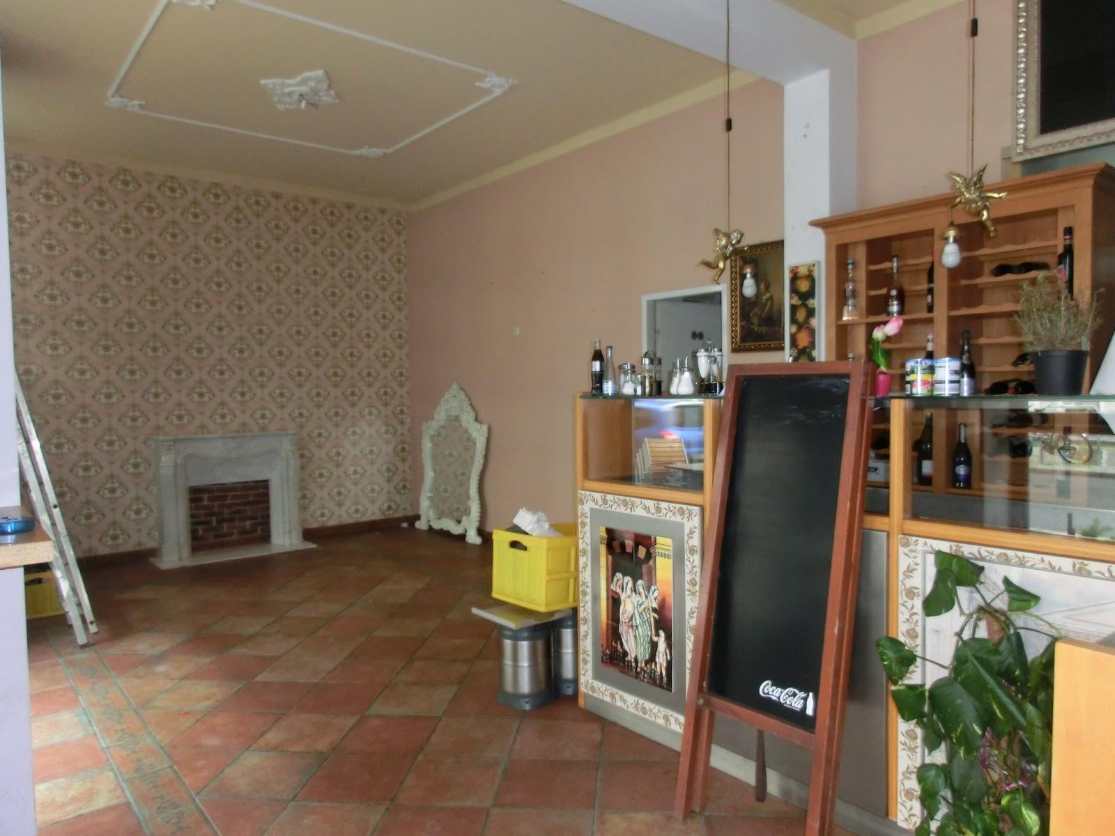 Bistro & Café CoCo GENKI: Wände streichen / Wallpainting / Pintar ...