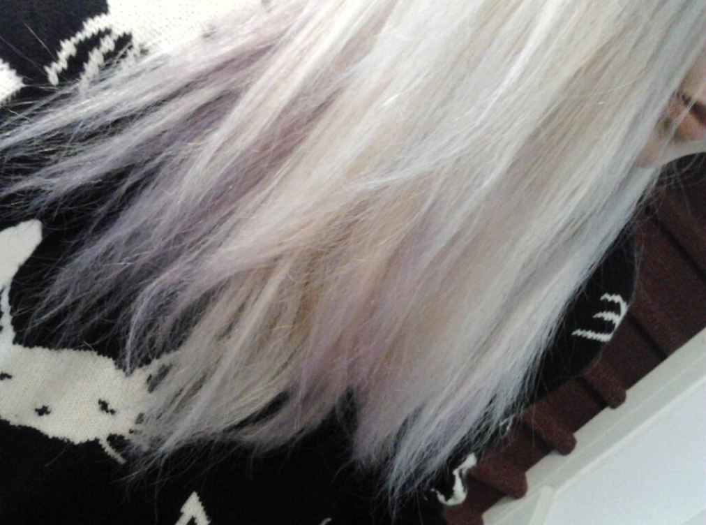 how to use purple shampoo to get white hair