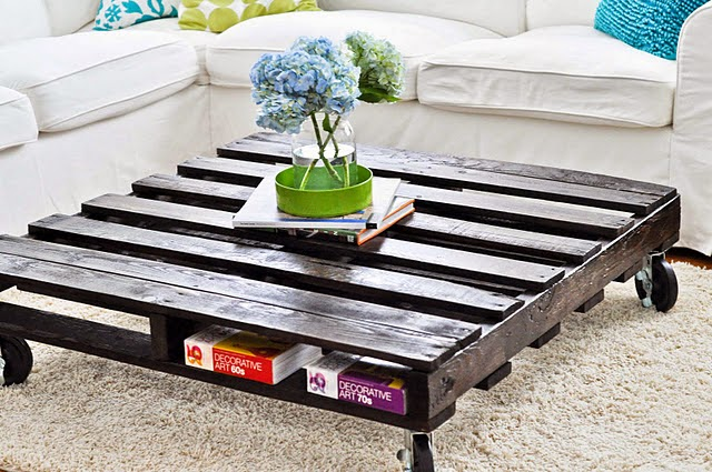 20 amazing DIY pallet coffee table