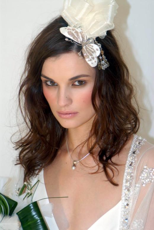 bridesmaid hairstyles for medium length hair new wedding dress style 2014. Black Bedroom Furniture Sets. Home Design Ideas