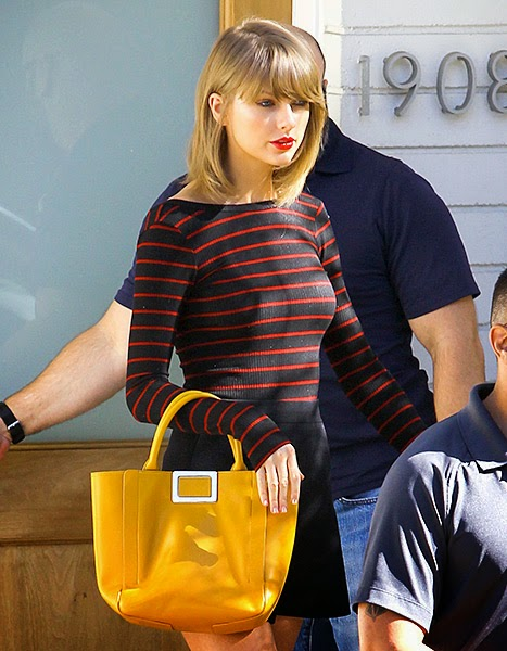 Taylor Swift, Yellow Purse, fashion, style, trend, the purple scarf, melanie.ps, toronto, ontario, canada