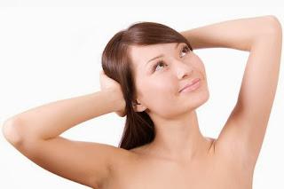 10 Cách giúp bạn hạn chế mùi hôi nách