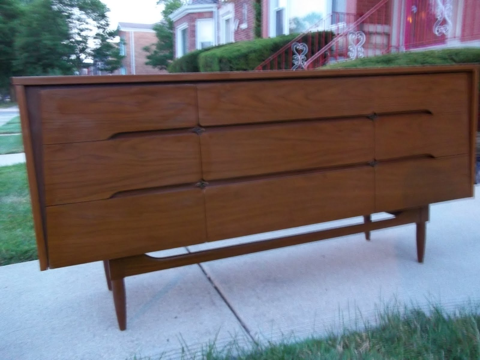 Kroehler Mid Century Modern Credenza Dresser Sold