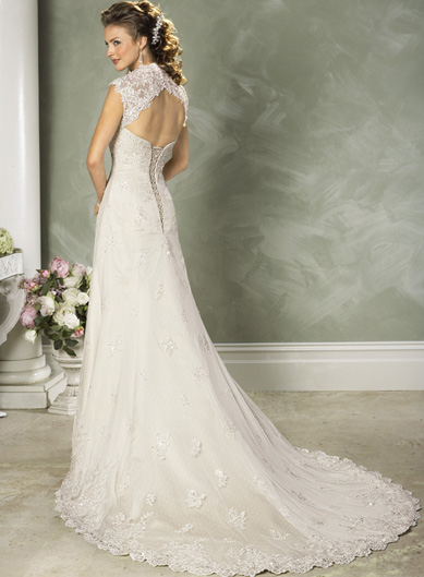 old fashioned wedding dress