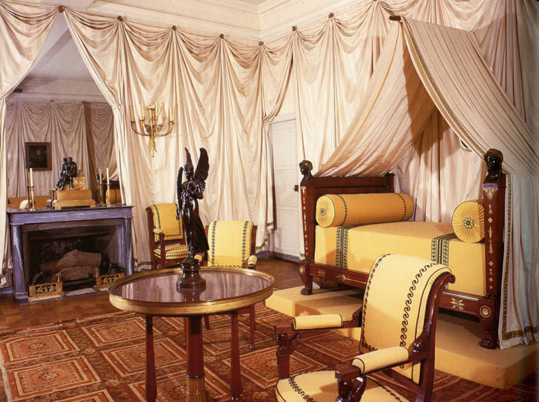 Eye for design decorating french empire style bedrooms for Roman style home design