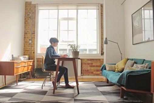 Bekerja dari rumah lewat bisnis sampingan internet