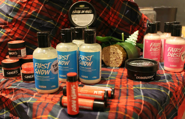 A Lush First Snow Sparkly Dusting Powder and Fairy Dust Dusting Powder review