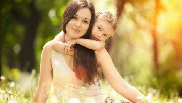 Apakah Cinta Orang Tua Tidak Sebanding Dengan Orang Lain?