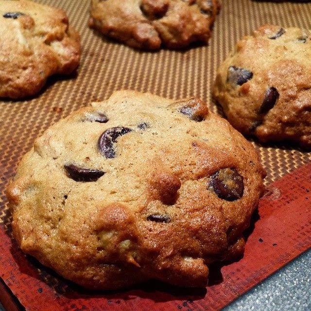 banana walnut chocolate chip muffins~ - Cook and Post