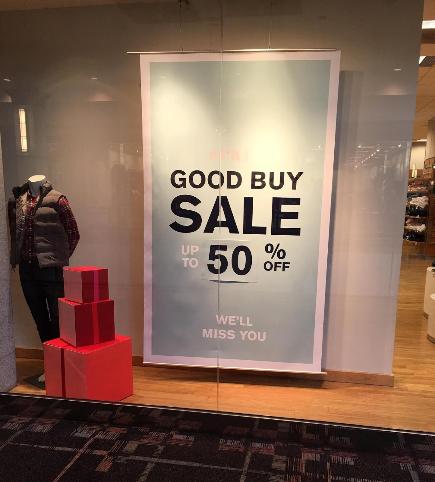 "Gap and Banana Republic – stores Gap Inc. plans to close Gap and Banana Republic locations over the next three years, the company announced in September No list of the stores was released, but they're all ""underperforming."" At the same time, Gap Inc. will open locations for its growing brands, Old Navy and Athleta."
